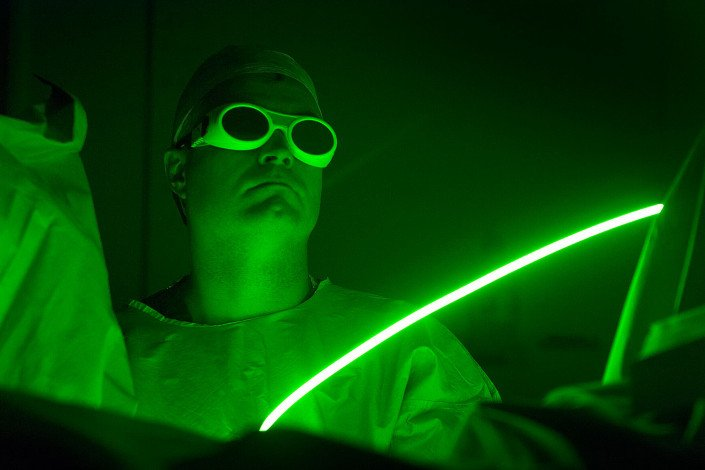 Surgeon treats prostrate cancer with a laser