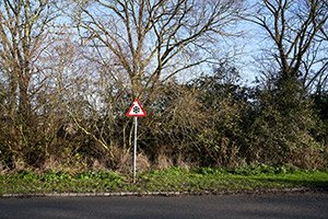 Ice warning sign milton keynes